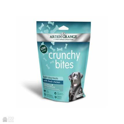 лакомство для собак и щенков с курицей Arden Grange Crunchy Bites Light Chicken