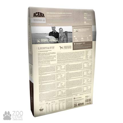 Фото обратной стороны упаковки корма для собак с избыточным весом Acana Light & Fit 35/11