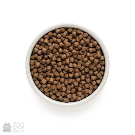 Фото гранул корма для собак малых пород Grandorf 4 Meat & Brown Rice Adult Mini