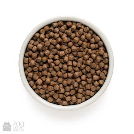 Фото гранул сухого корма для собак мелких пород Grandorf Lamb & Rice Adult Mini