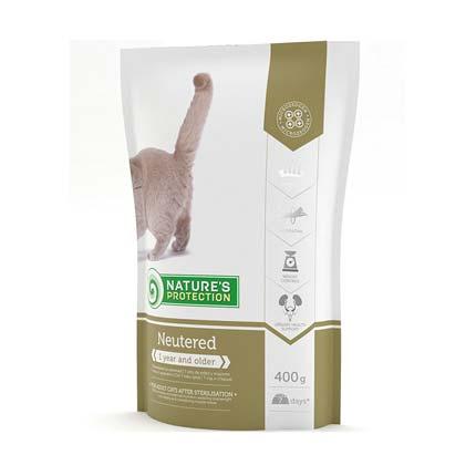 Упаковка корма сухого для кошек Nature's Protection Neutered, 400 г (старый дизайн)