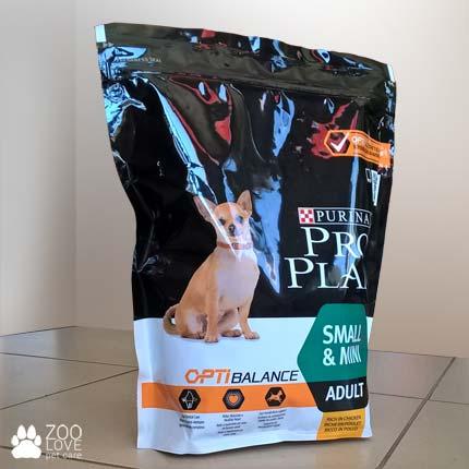 Фотография упаковки корма Pro Plan Small&Mini для собак малых пород с курицей, 0,7 кг.