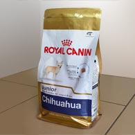 Пачка сухого корма Royal Canin для щенков породы CHIHUAHUA, 500 грамм