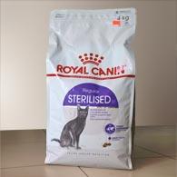 Royal Canin Sterilised 4 кг, корм для стерилизованных кошек от 1 до 7 лет